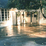 This blue stone random pattern patio is set on stone dust which is an excellent base for patios because of its binding abilities (rather than sand) making it a more durable construction.